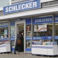 Germania: fallisce Schlecker, la prima catena euroepa di drogherie. 42.000 dipendenti senza lavoro
