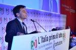 Fassina: Renzi va a destra. E l'euro vasuperato